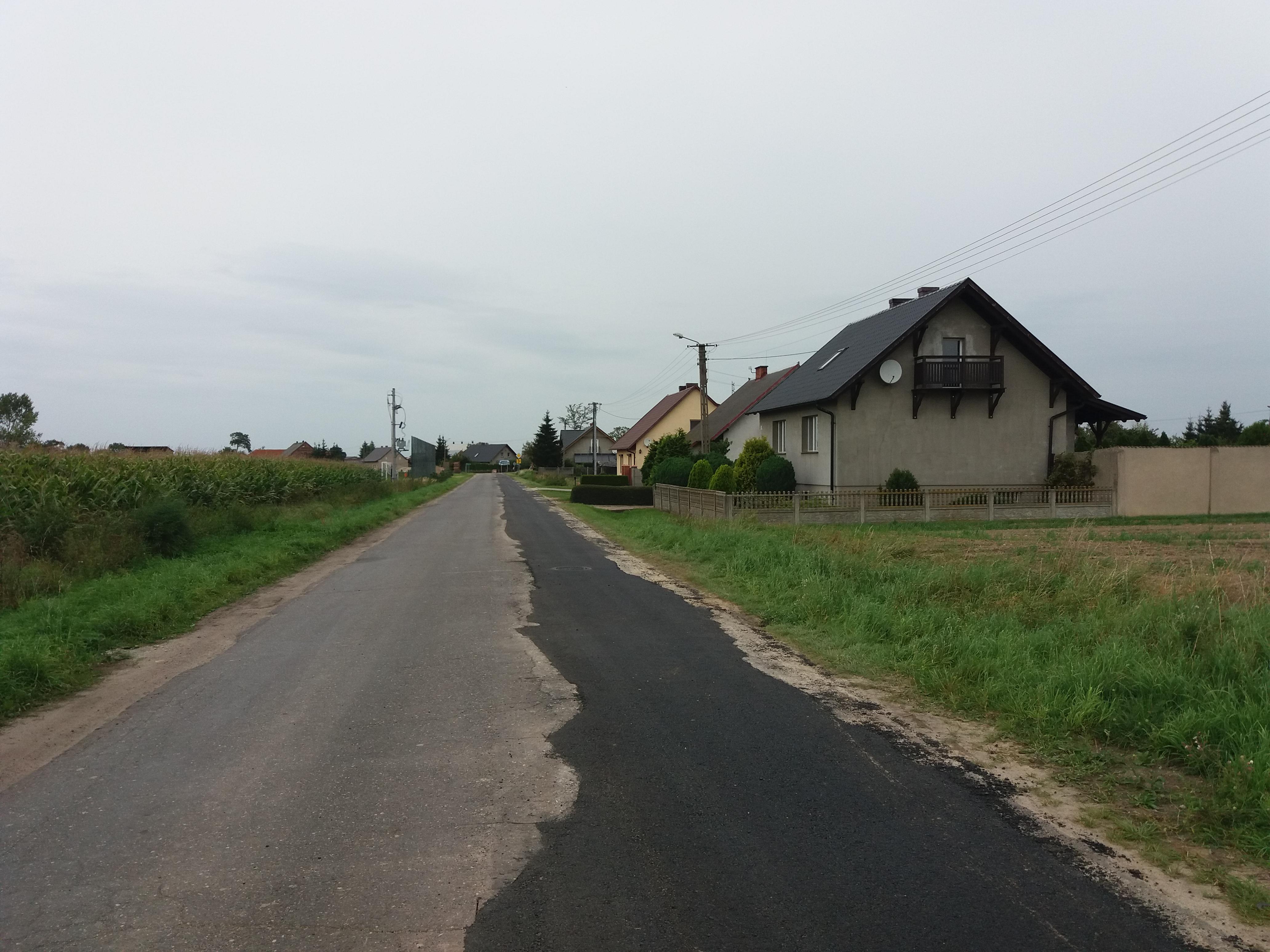 odtworzenia na drodze powiatowej Dłużyna
